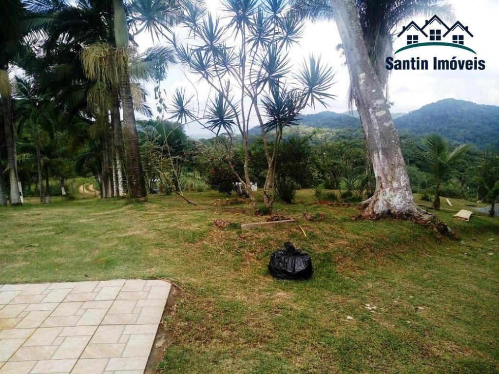 chácara com 3 dormitórios (01 suíte )piscina,churrasqueira,formo e fogão à lenha,10 vagas à venda, 170 m² por r$ 330.000 - tucum - iguape/sp - ch0006
