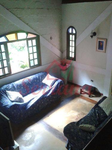 chácara com 4 dormitórios, área de churrasqueira e lago