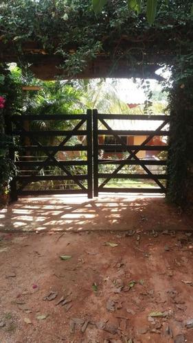 chácara com 4.000 m2 em esmeraldas -mg- casa muito boa com varanda - 05 açudes com peixe - lago no fundo da propriedade. - 2130