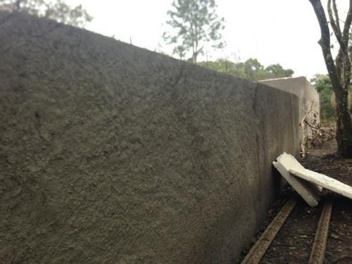 chácara com 5181m² em itanhaém, com construção iniciada.
