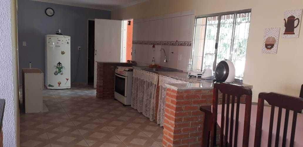 chácara com área de 1.000 m², casa com 03 dormitórios !!