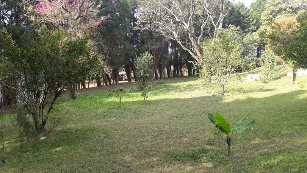 chácara com área de 5.000 m², casa sede e de caseiro !!