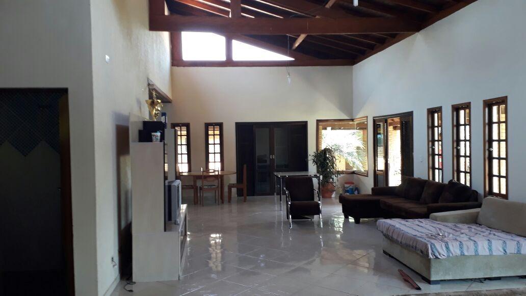 chácara com área de 5.000 m², linda casa com 3 dormitórios.