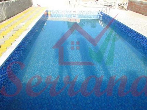 chácara com bela vista com piscina nova em juquitiba