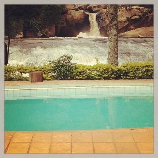 chacara com casa centenaria e cachoeiras amparo-sp (4083)