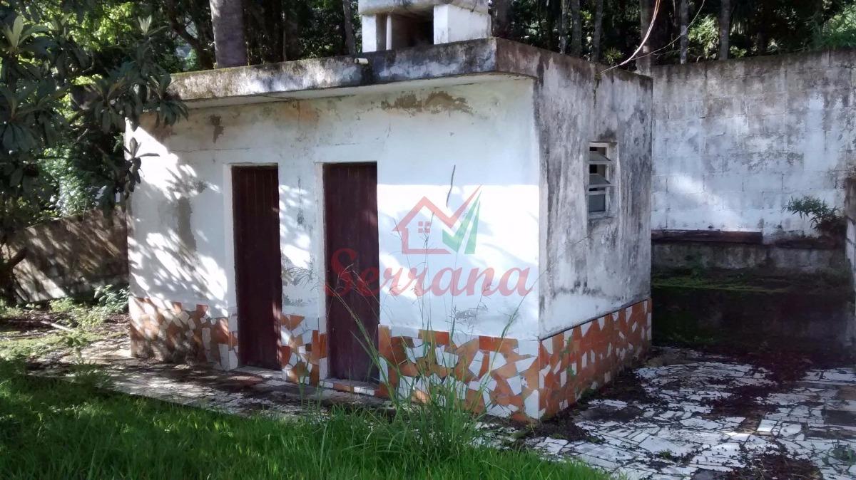 chácara com casa grande ideal para lazer
