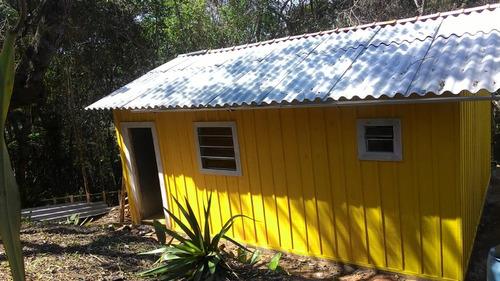 chácara com casa nova de madeira fácil acesso em juquitiba