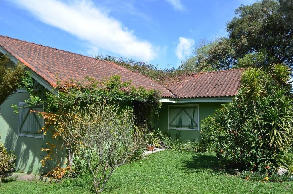 chácara com edificação contendo 3 dormitórios à venda, 5560 m² por r$ 1.800.000,00 - casa grande - gramado/rs - si0012