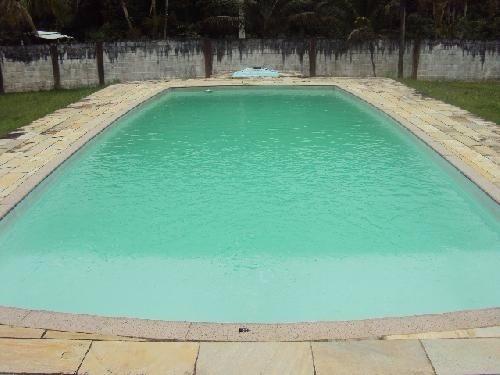 chácara com escritura, 2640m², com piscina e churrasqueira.