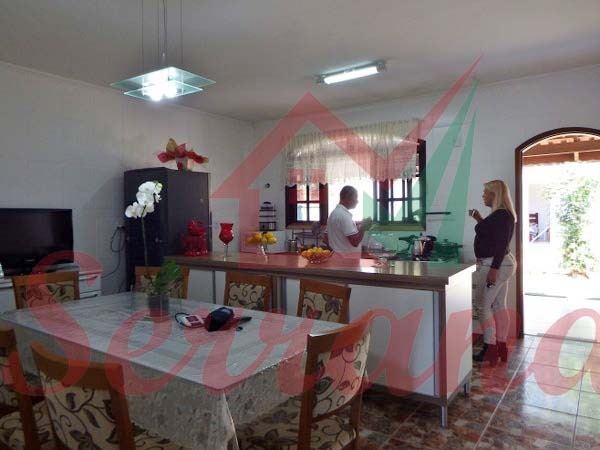 chácara com excelente localização área de churrasqueira