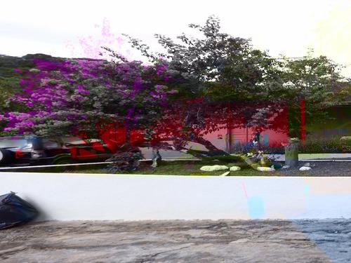 chácara com excelente localização em juquitiba com piscina