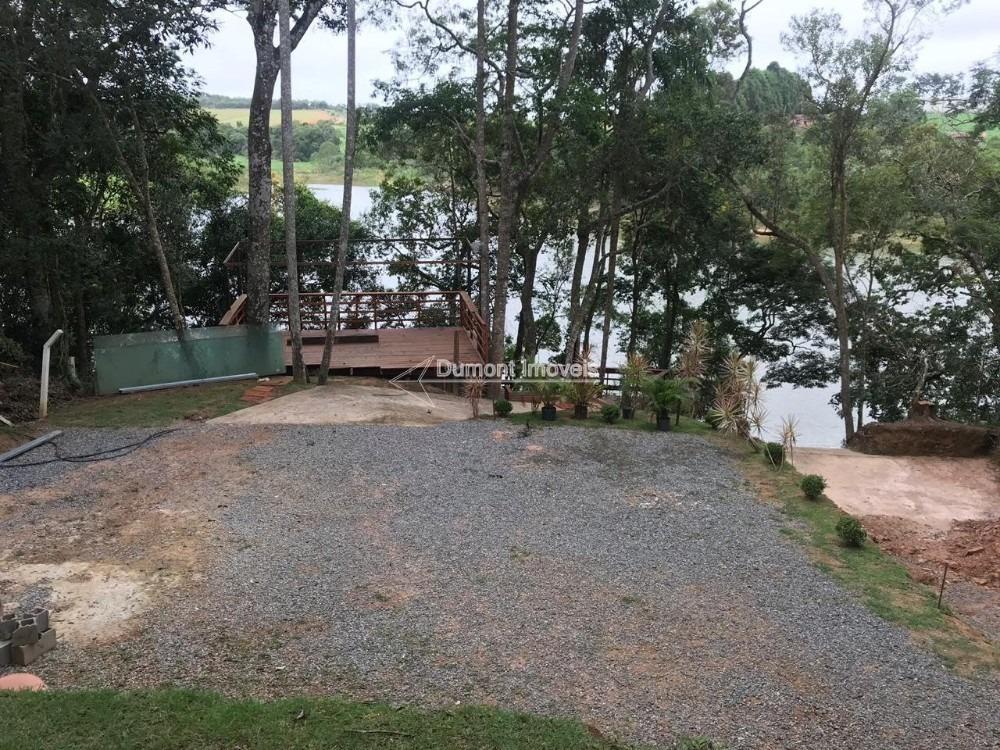 chácara com fundos para maravilhosa represa de ibiúna.