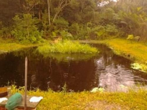 chácara com lago no jd. são fernando, itanhaém-sp