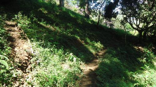 chácara com nascente e cachoeira em são francisco xavier-730