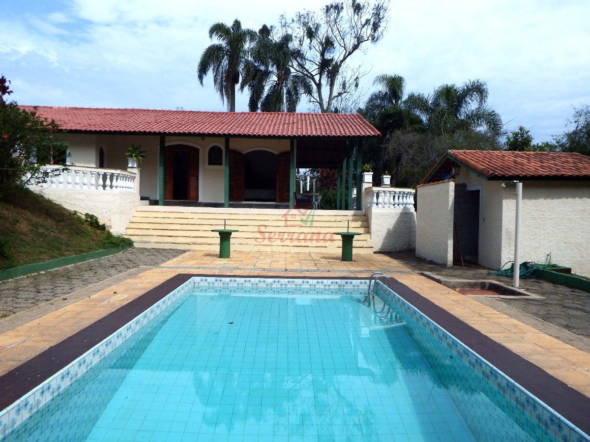 chácara com ótima localização piscina e salão de festa