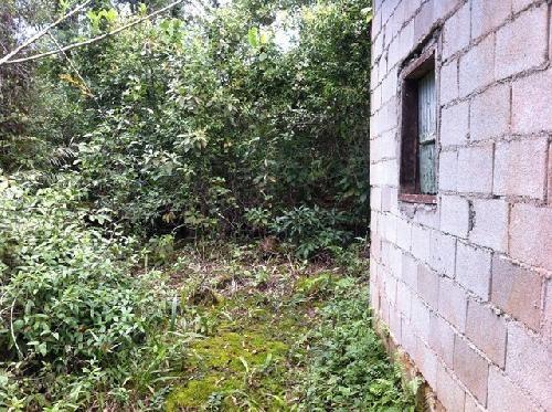 chácara com pequena construção com contrato de venda. 0972 v
