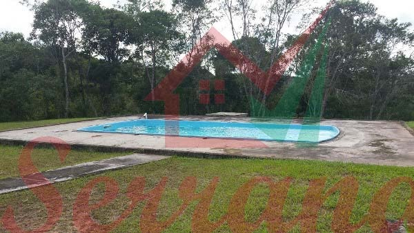 chácara com piscina a venda em juquitiba