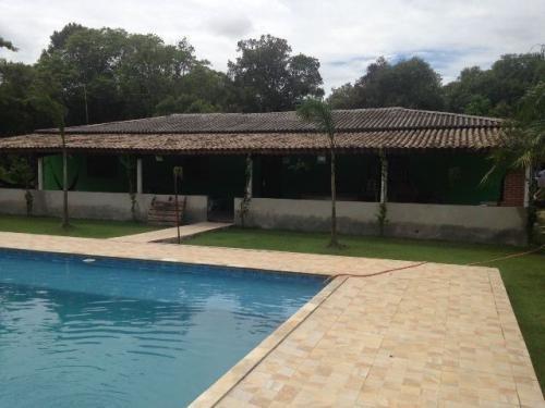 chácara com piscina em itanhaem/sp