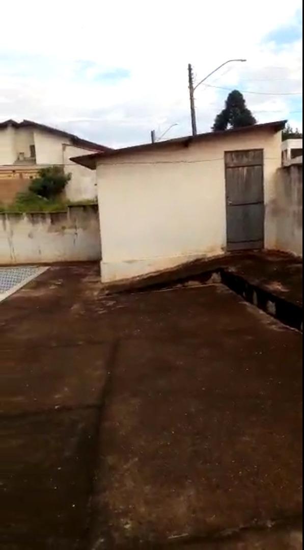 chácara com piscina na cidade do óleo sp