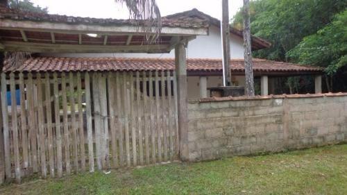 chácara com piscina,churrasqueira,em itanhaém-sp