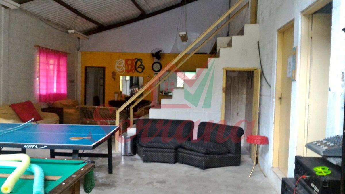 chácara com riacho piscina e casa com 5 quartos