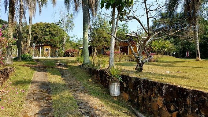 chácara em atibaia em condomínio  ótima localização