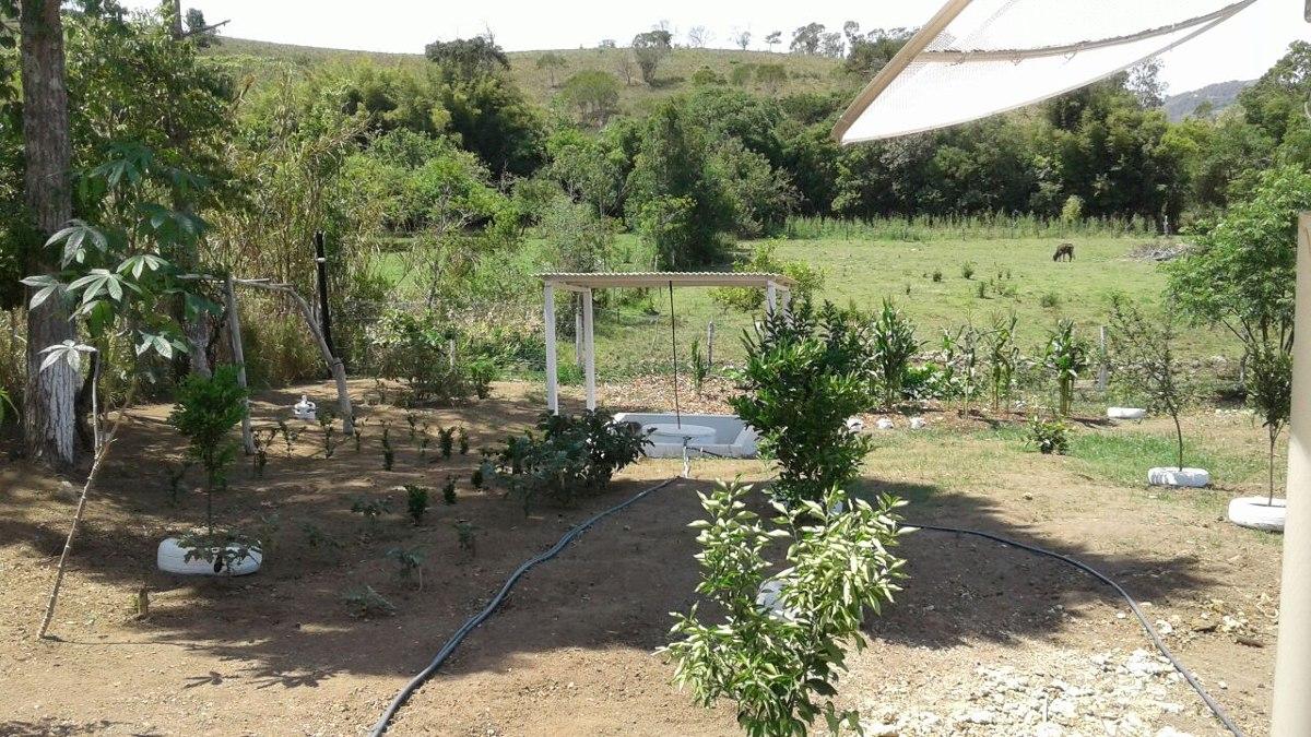 chácara em baependi sul de minas , com 940 m2, com uma quitinete , bom de água , toda cercada. - 3487