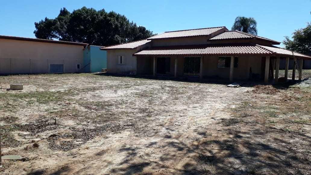 chácara em condomínio com área 1.500 m², 03 dormitórios !!
