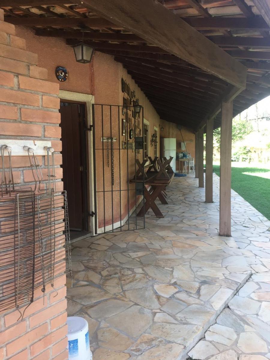 chácara em condomínio, com área de 1.000 m², pé direito alto
