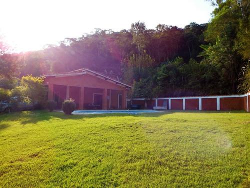 chácara em condomínio completo medindo 30.000 m²