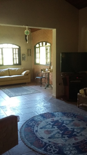 chácara em condomínio de alto padrão em ibiúna