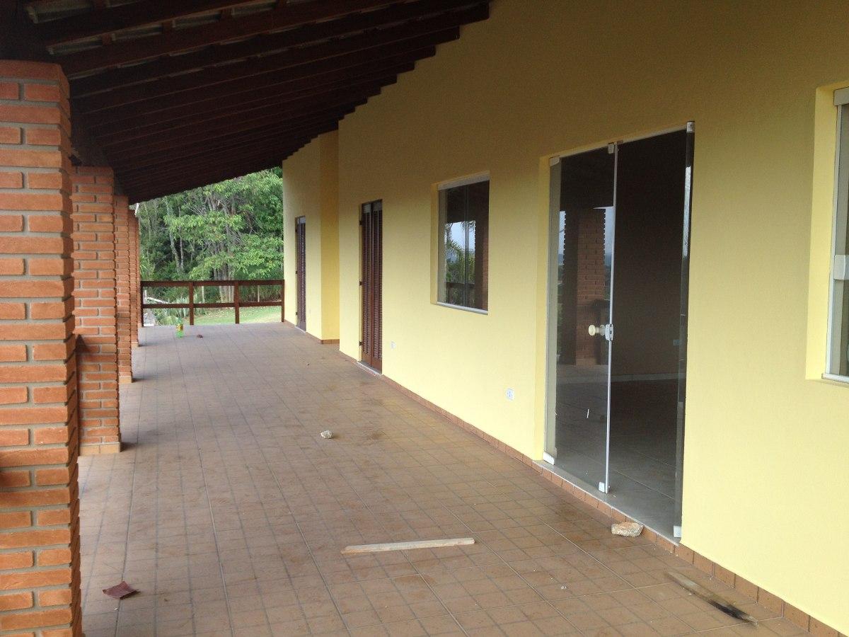 chácara em condomínio fechado de alto padrão.  aceita financ