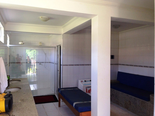 chácara em condomínio fechado de alto padrão antes do centro