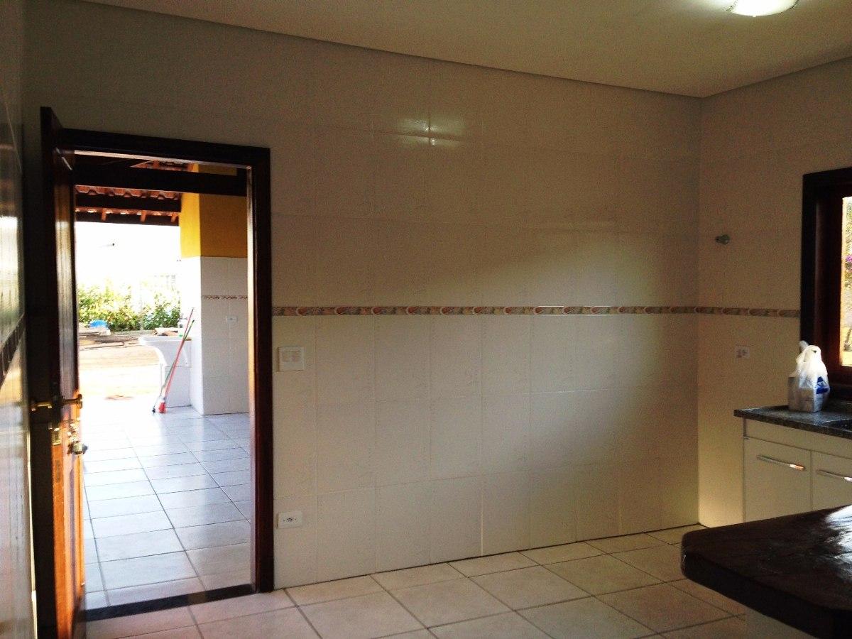 chácara em condomínio fechado próximo do centro de ibiúna