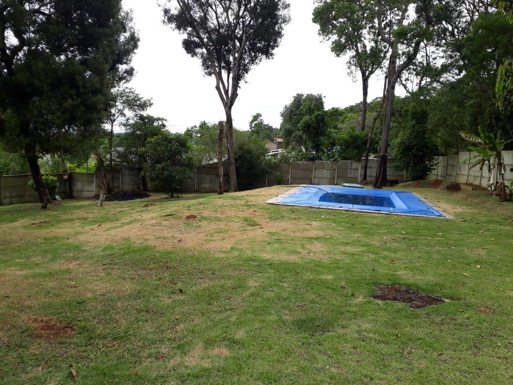 chácara em ibiúna com 1000m2 piscina toda gramada confira!