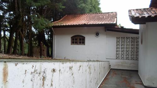 chácara em ibiúna, condomínio fechado