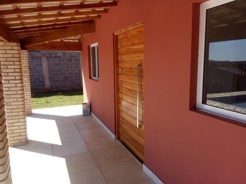 chácara em ibiúna, condomínio fechado, aceita financiamento
