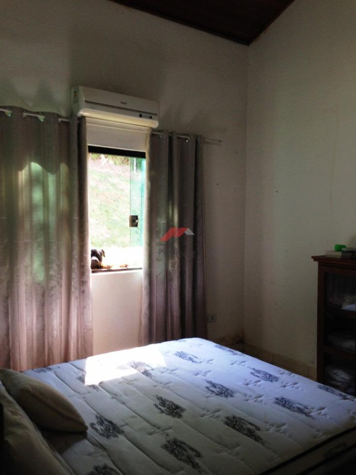 chacara em ibiuna / condominio fechado / cod 605