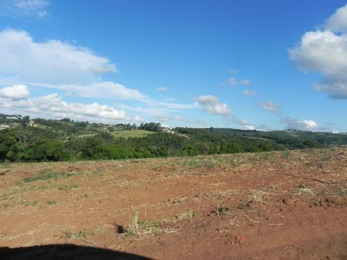 chácara em ibiúna, lindo local de ótima topografia.