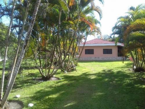 chácara em itanhaém, 3 dormitórios e piscina! ref 0730-p