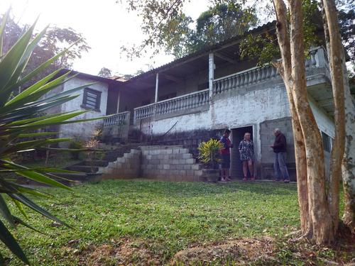 chácara em juquitiba área toda gramada com ótima casa