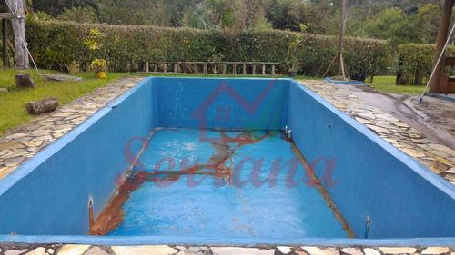 chácara em juquitiba com água cristalina e piscina