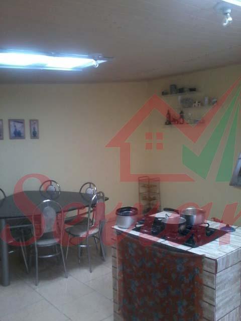 chácara em juquitiba com cozinha caipira externa
