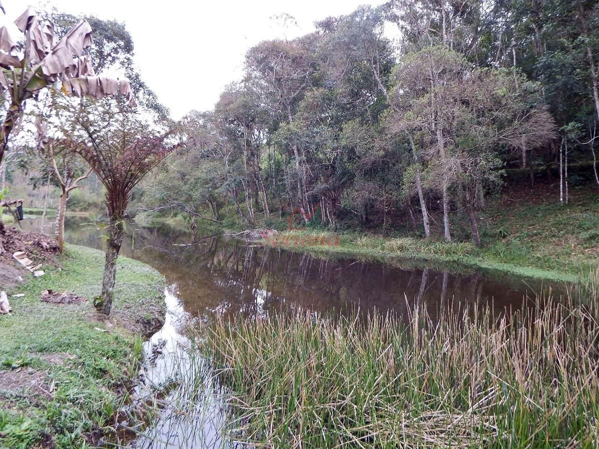 chácara em juquitiba com ótima área c lago espaço plaino