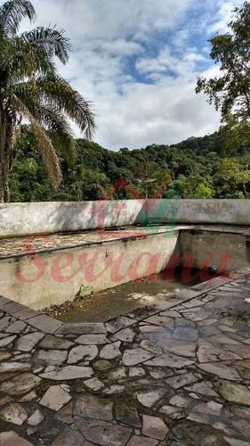 chácara em juquitiba com piscina e área de churrasqueira