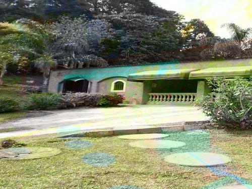 chácara em juquitiba com piscina e ótima localização