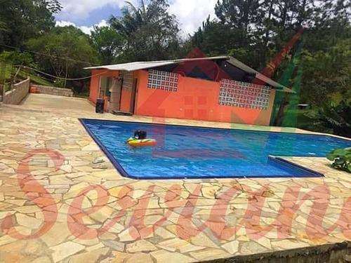 chácara em juquitiba com piscina nova lago