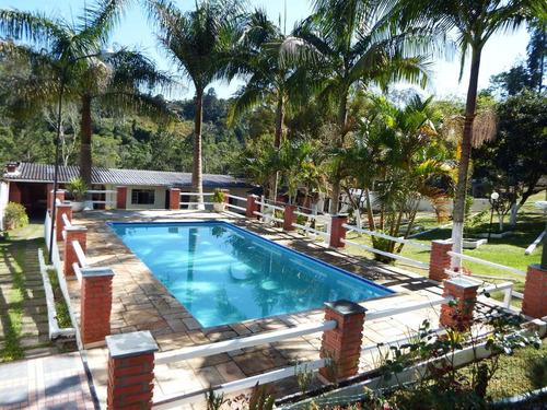chácara em juquitiba com piscina para moradia