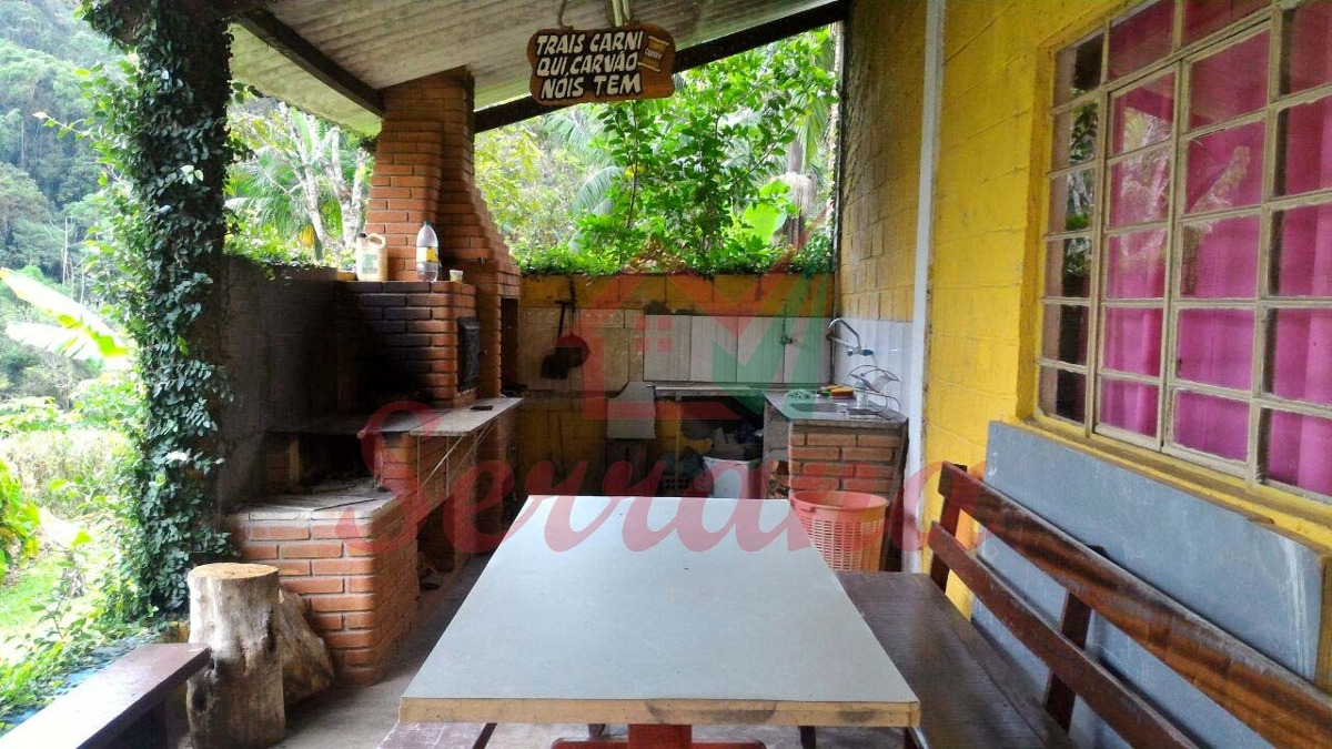 chácara em juquitiba com riacho e casa 6 dormitórios