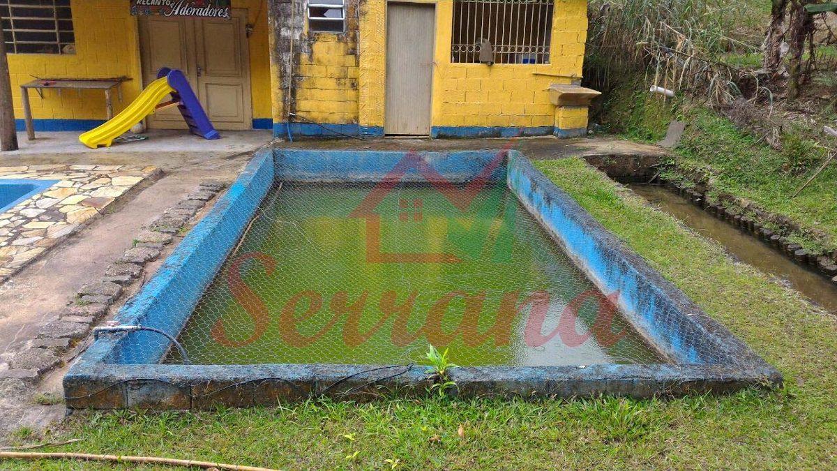 chácara em juquitiba com riacho e piscina